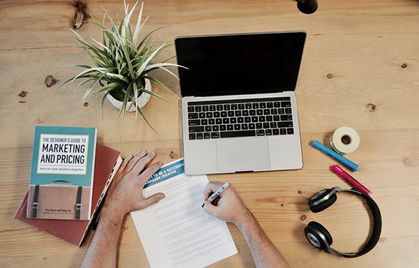 Advertising and Marketing Your Business on a Budget: 8 Ways